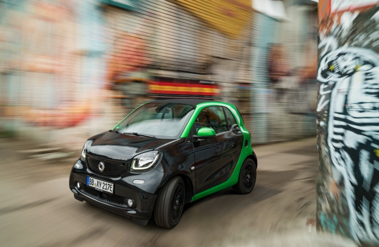 2017 Smart Fortwo Electric Drive Black And Green Exterioro