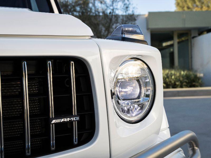 2019 mercedes-amg g63 closeup headlamp
