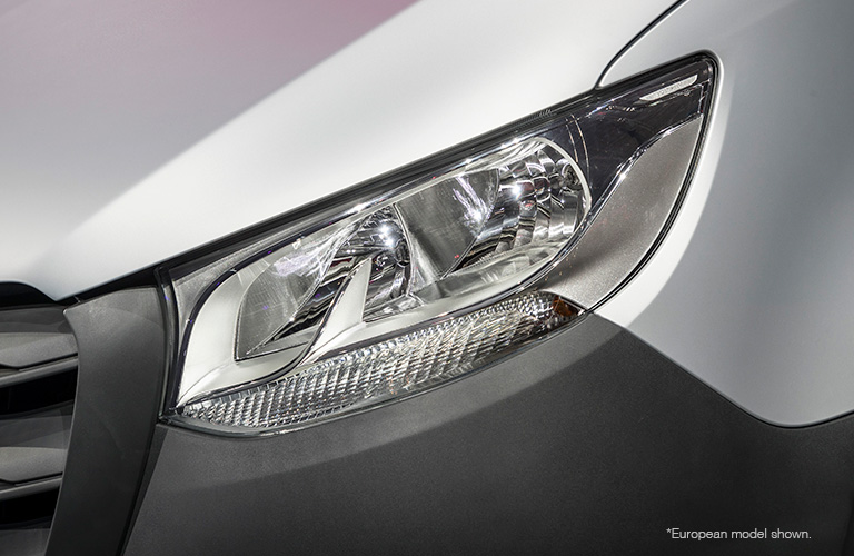 2018 Mercedes-Benz Sprinter headlight