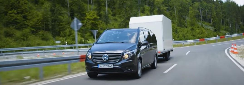 Mercedes-Benz Vito van towing a trailer
