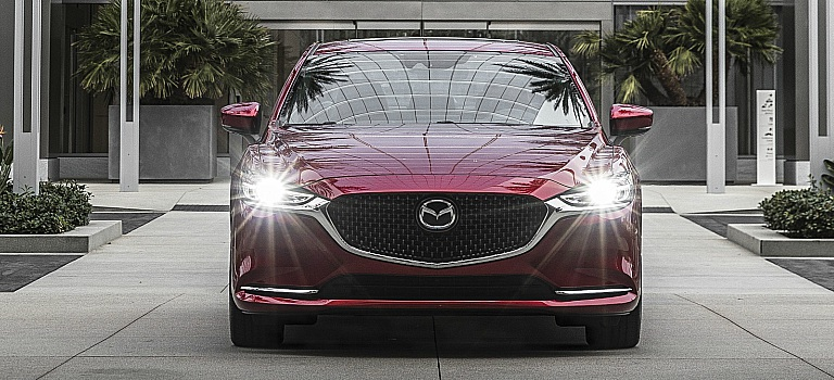 2018 Mazda6 red front grille view