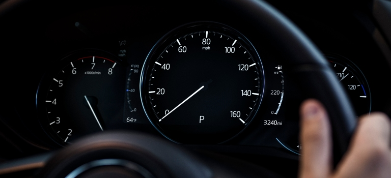 2019 Mazda CX-5 gauges tight view