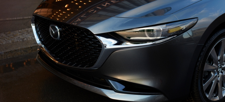 2019 Mazda3 gray grille view