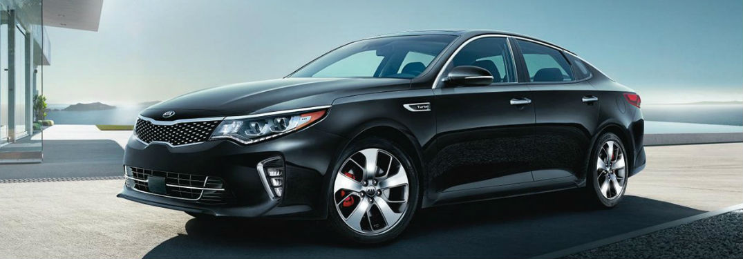 2018 Optima in Black Side View