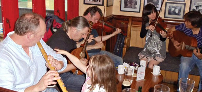 Irish pub with live music and merriment