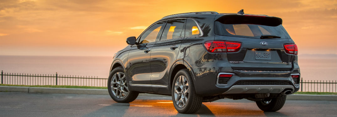 2019 Kia Sorento exterior back fascia and drivers side parked with sunset ahead