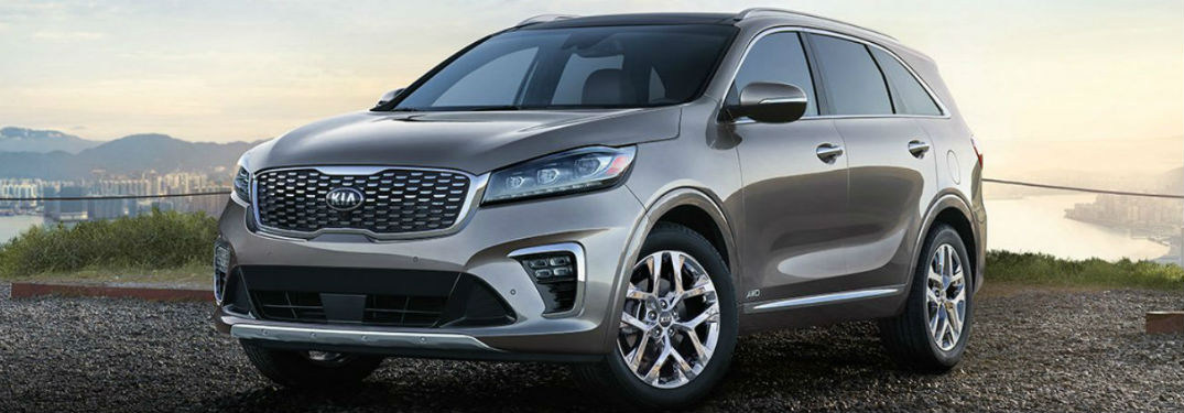 2019 Kia Sorento exterior front fascia and drivers side