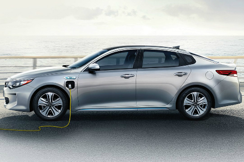 2018 Kia Optima PHEV while charging