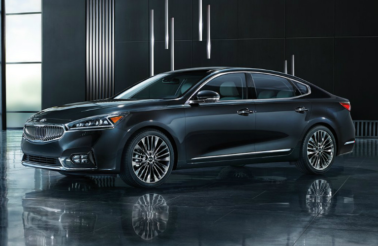 2019 Kia Cadenza parked in a modern showroom