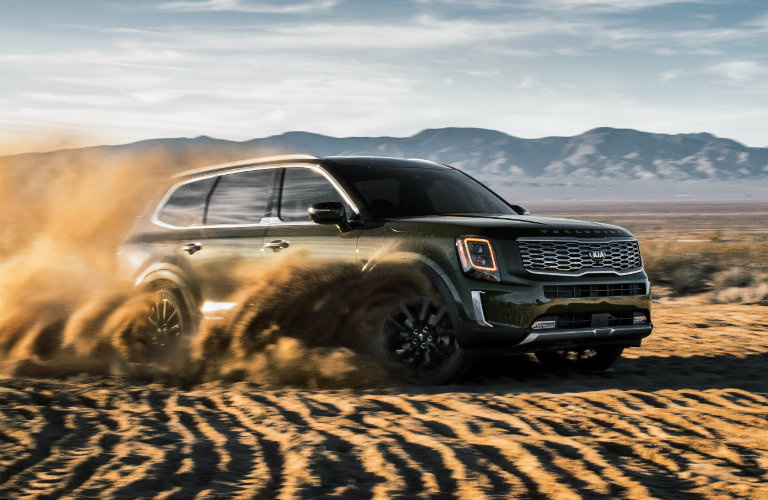 2020 Kia Telluride driving in the dirt and dust