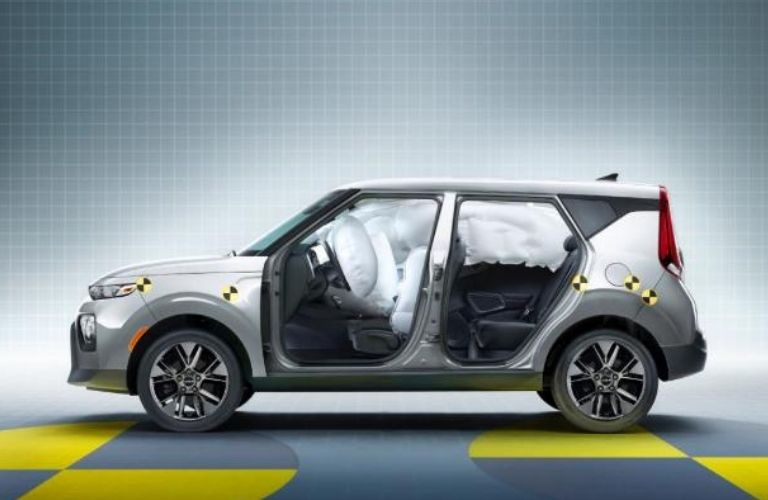 Dual Front Advanced Airbags in the 2022 Kia Soul