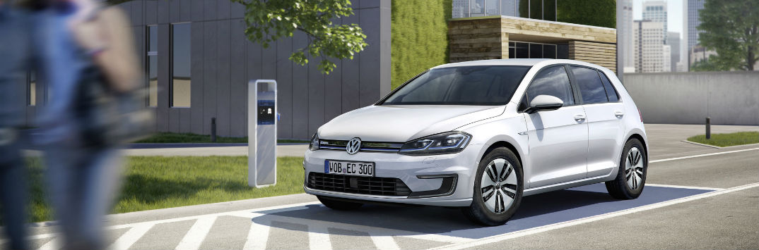2017 Volkswagen e-Golf vs. 2016 e-Golf Driving Range and Battery