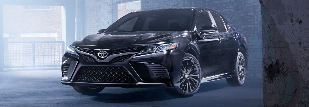 What engine options are available for the 2019 Camry?