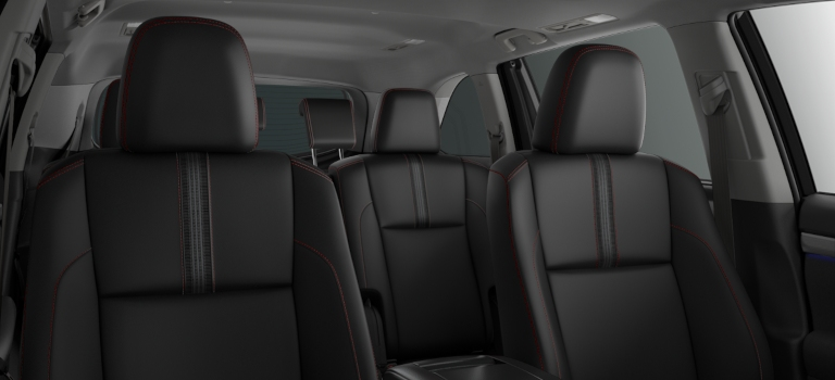 2019 Toyota Highlander black leather seats with red stitching