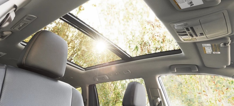 2019 Toyota Highlander Limited Platinum Panoramic Sunroof