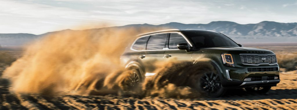 2020 Kia Telluride driving on some dirt