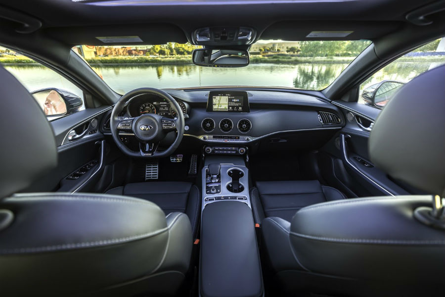 2021 Kia Stinger GT2 RWD Interior Cabin Dashboard & Front Seating