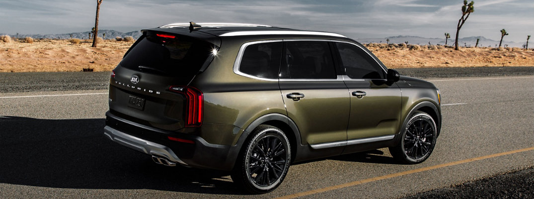2020 Kia Telluride driving down the highway