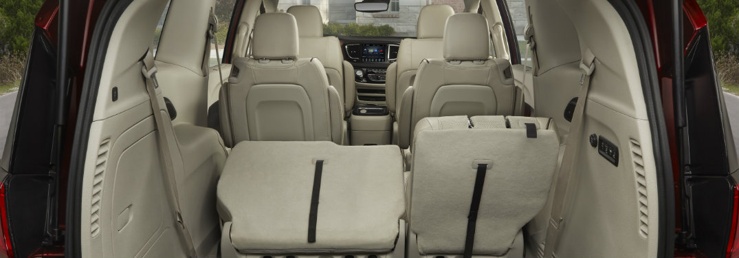 how much cargo can you fit in the 2017 chrysler pacifica. Black Bedroom Furniture Sets. Home Design Ideas