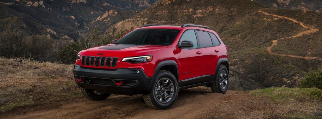 Chrysler 300 Mpg >> 2019 Jeep Cherokee Trailhawk® Capability and Power Specs