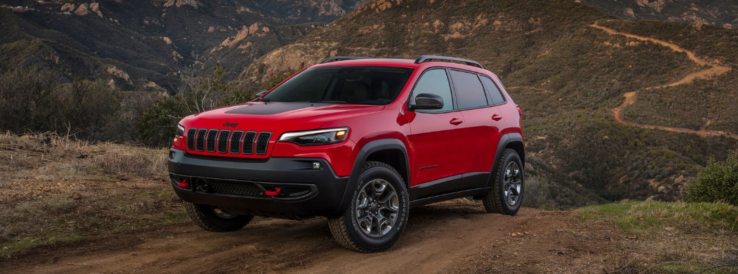 Red 2019 Jeep Cherokee Trailhawk®