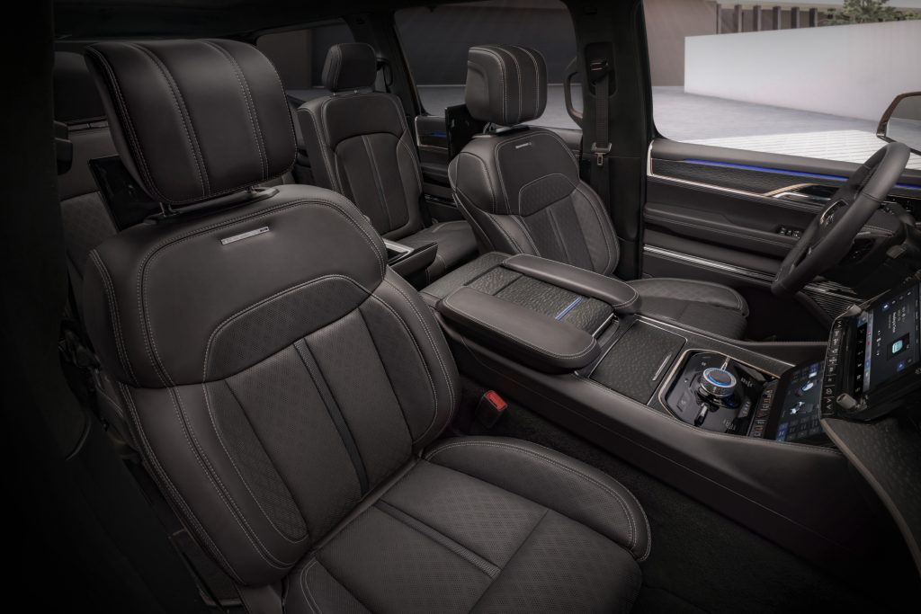 2022 Jeep Grand Wagoneer Concept front seats