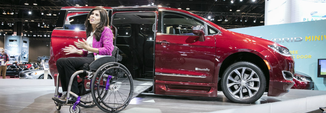 Braunability Chrysler Pacifica At The 2017 Chicago Auto Show