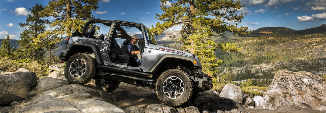 ... 2017 Jeep Wrangler Driving In The Wilderness With The Top Down