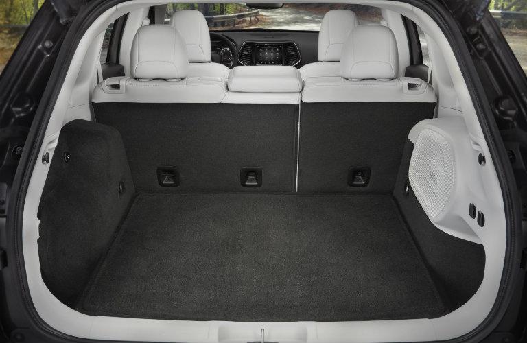 rear cargo area of the 2019 Jeep Cherokee