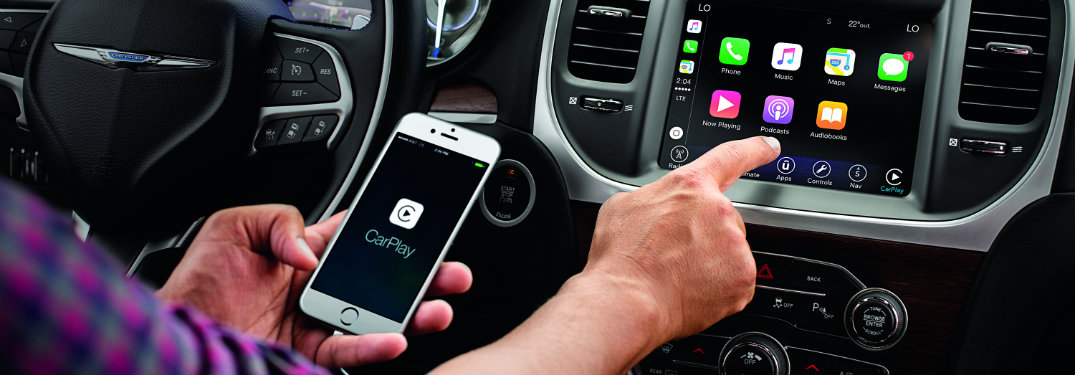 What Jeep vehicles have Apple CarPlay and Apple Music?