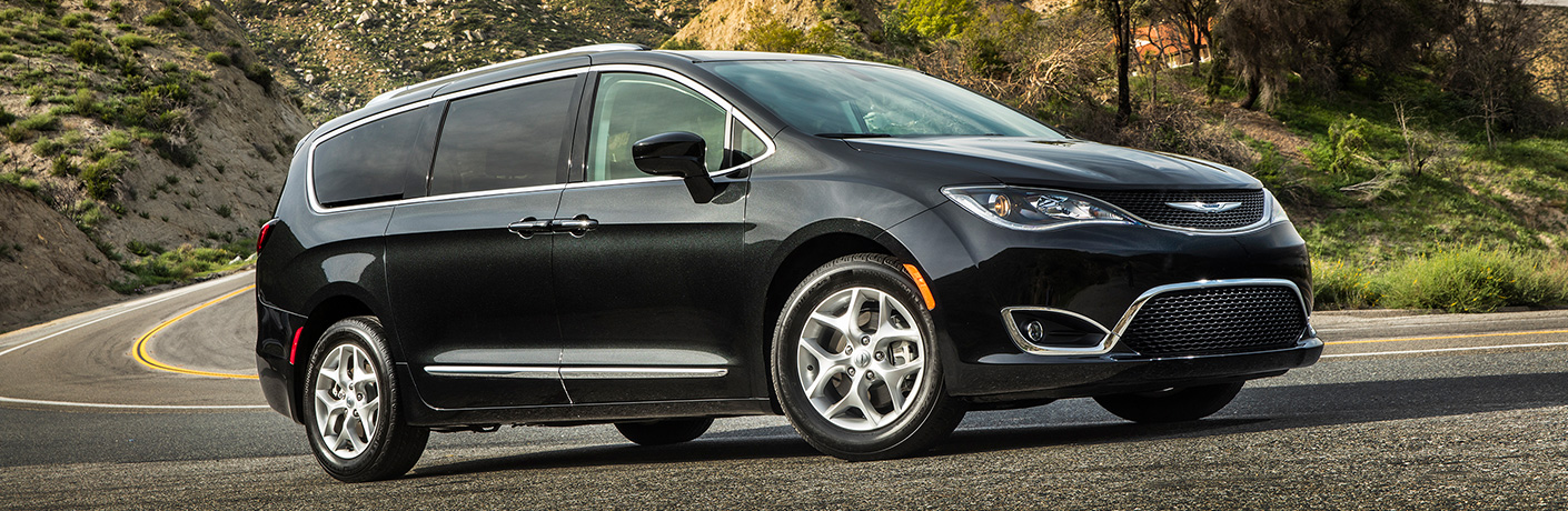 2019 Chrysler Pacifica on winding road