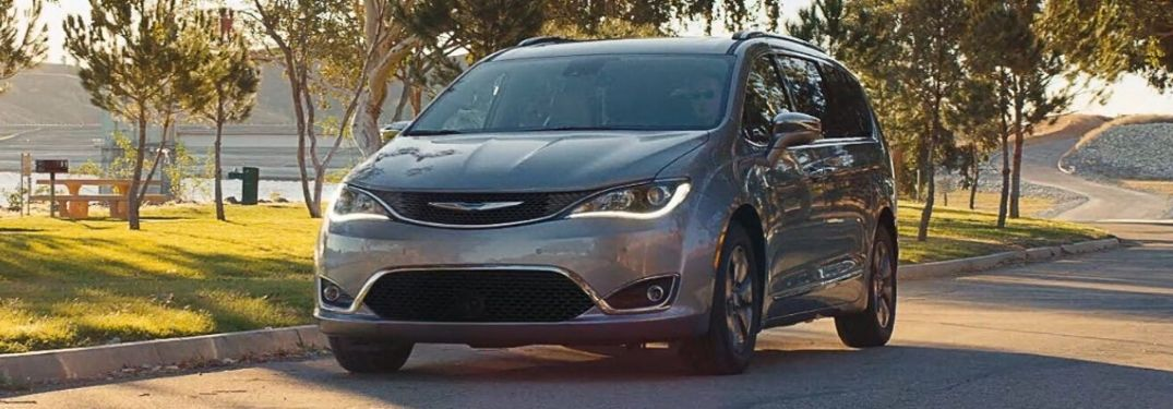 2020 Chrysler Voyager driving by park
