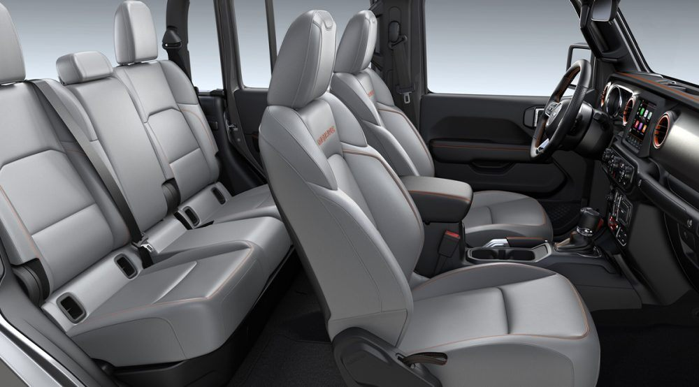 2020 Jeep Gladiator Mojave Steel Gray Leather
