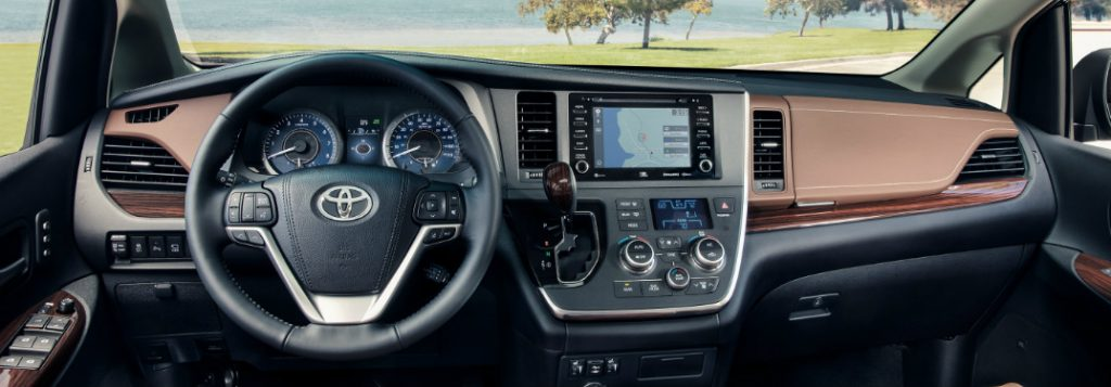 2019 Toyota Sienna Technology and Entertainment Features