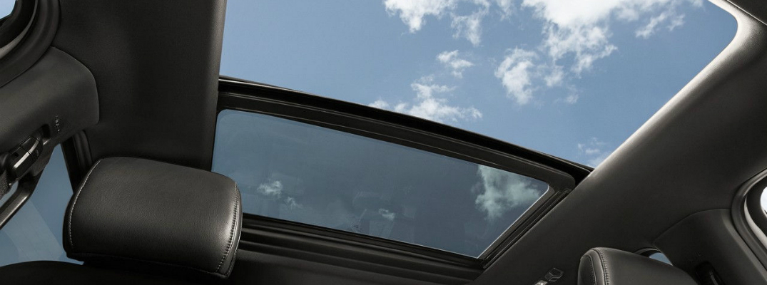 5 Types of Moonroof Styles on 2017 Ford Vehicles F-150 SuperCrew Moonroof