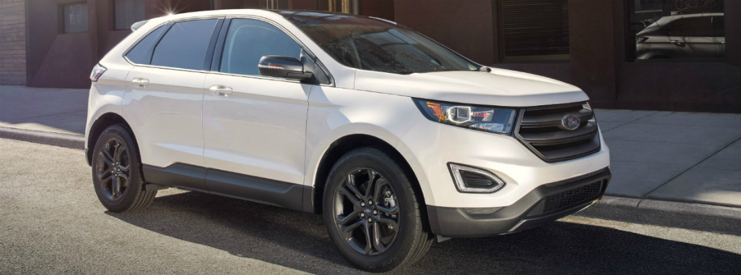 2018 Ford Edge SEL Driving down Road