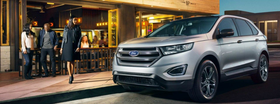 2018 Ford Edge Parked in front of a Restaurant