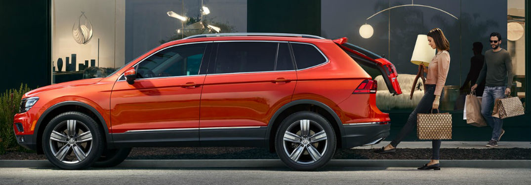 tell me about the 2018 volkswagen tiguan 39 s specs features. Black Bedroom Furniture Sets. Home Design Ideas