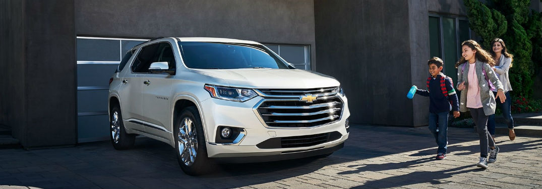 Front exterior view of a white 2019 Chevy Traverse