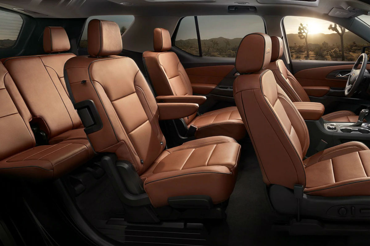 Side view of the the three rows of seating in the 2019 Chevy Traverse