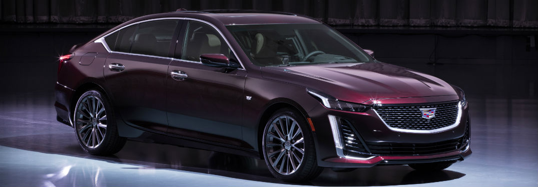 What is included in the 2020 Cadillac CT5 Platinum Package?
