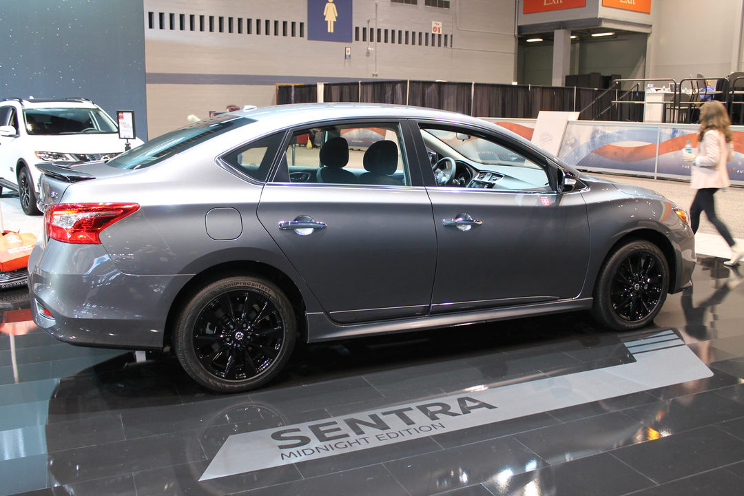 2017 Nissan Sentra Midnight Edition Chicago Auto Show debut