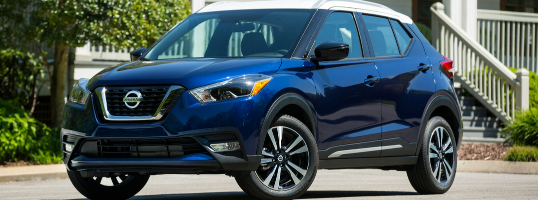 2018 Nissan Kicks Front View of Blue Exterior