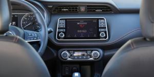 2018 Nissan Kicks Instrument Panel and Dashboard