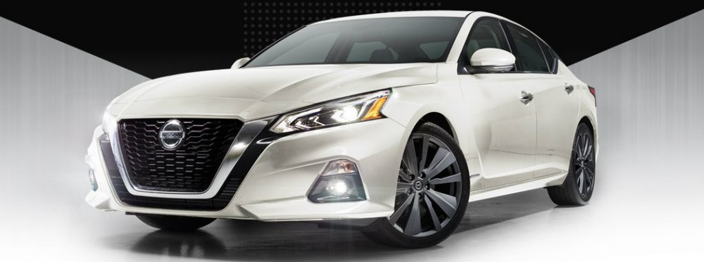 Charlie Clark Nissan Harlingen >> 2019 Nissan Altima Edition ONE Exclusive Services and Features