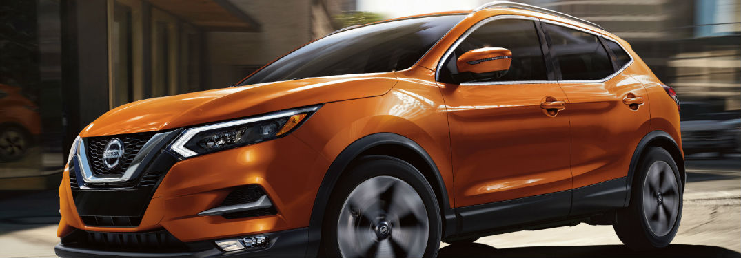 2020 Nissan Rogue Sport front and side profile
