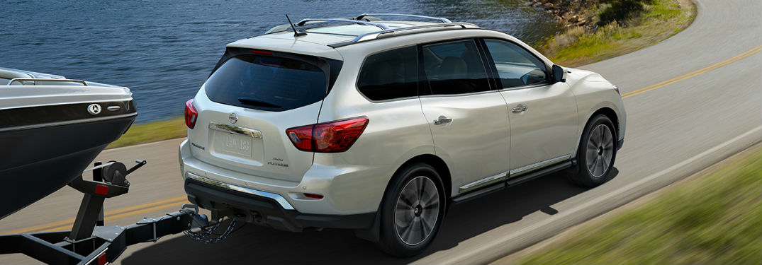 2020 Nissan Pathfinder towing a boat