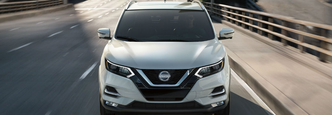 2020 Nissan Rogue Sport front profile