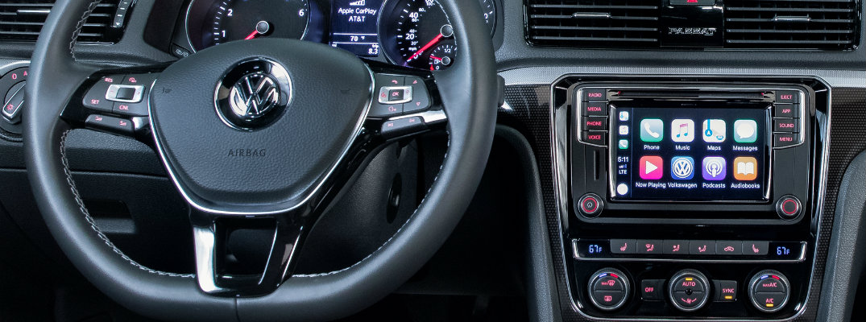 VW Car-Net App-Connect infotainment system in 2018 Volkswagen Passat