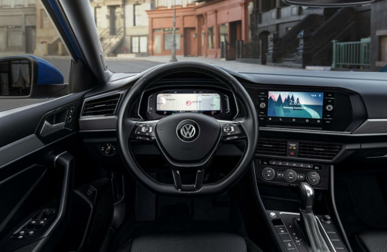 2019 Volkswagen Jetta dash and wheel